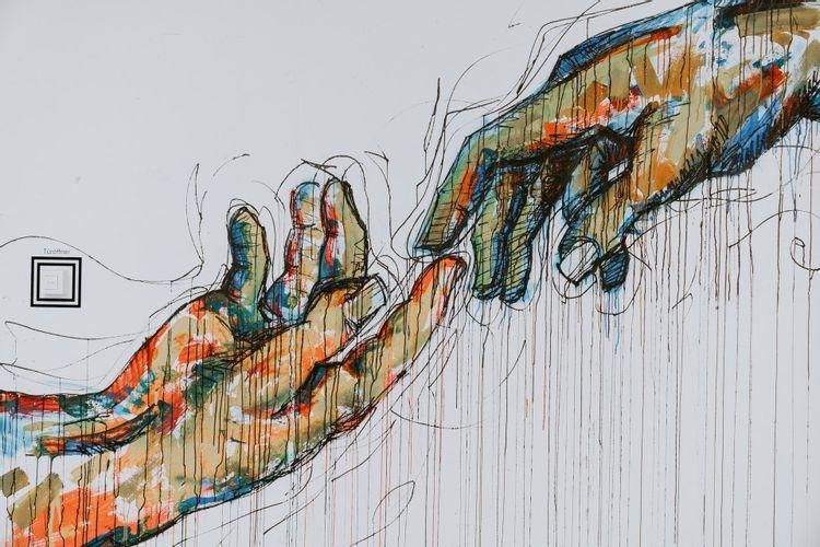 claudio-schwarz-purzlbaum-hands-art-wall-design